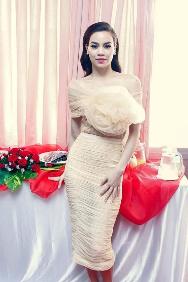 váy đầm voan dự tiệc