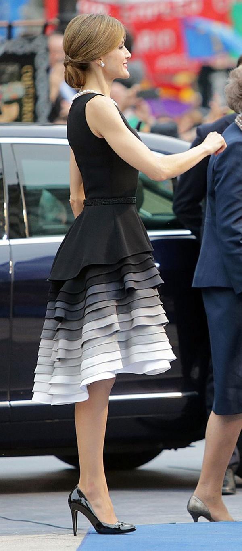 váy đầm dự tiệc cho u50