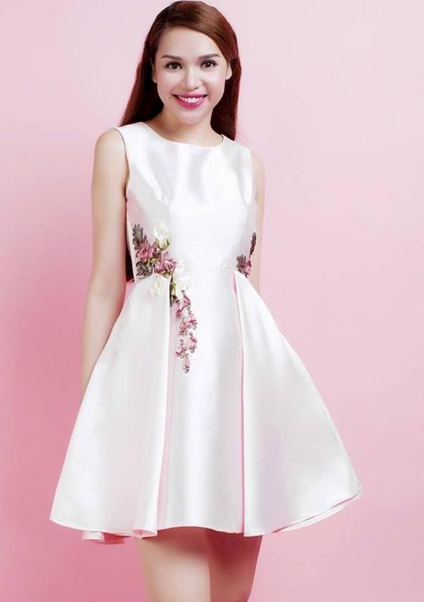 váy đầm dự tiệc mùa hè